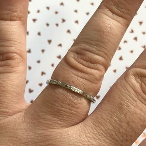 Jewelry - 🆕💗Cute Petite Stackable Ring💗